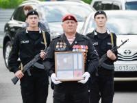Поисковики Горного Алтая передали в Белоруссию воинскую реликвию