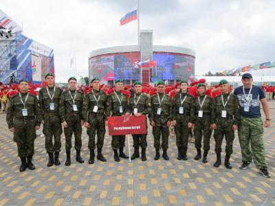 Участники Всероссийской военно-спортивной игры «Победа»