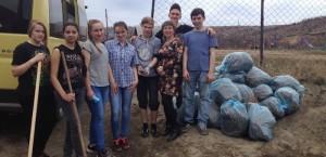 Молодежные трудовые отряды начали работу по благоустройству города