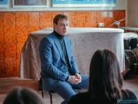 Состоялась встреча молодежи с Михаилом Тройником – актером театра и кино.