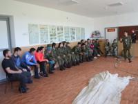Курсанты военно-патриотических клубов республики Алтай совершили очередную серию прыжков с парашютом.